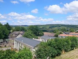 Parkers Farm Cottages & Caravans