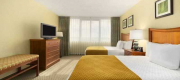 Embassy Suites International Dr At Jamaican Ct