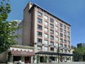 RAMADA INN AND SUITES DOWNTOWN