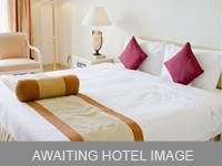 Howard Johnson Express Inn & Suites Lakefront Park